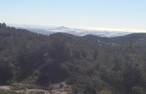 El punto más alto de la zona y al fondo el Mar Menor.